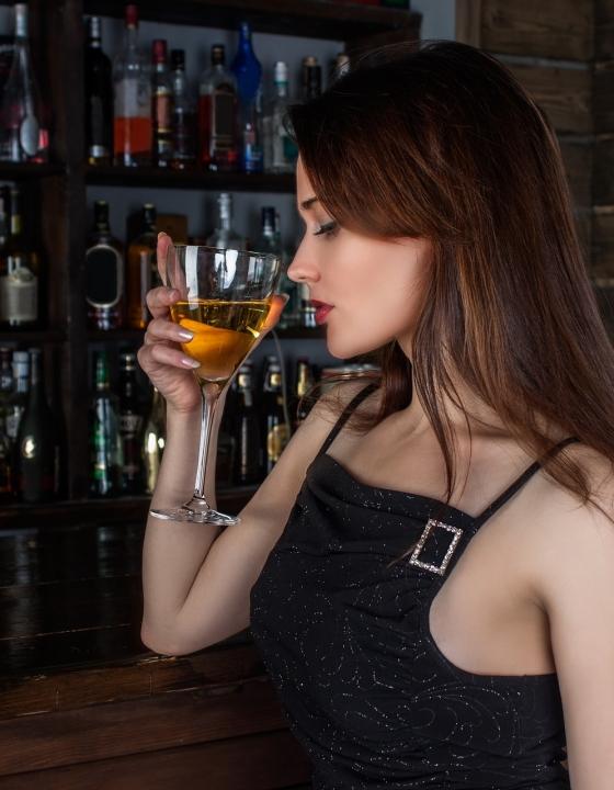 Darum schadet Alkohol während der Periode