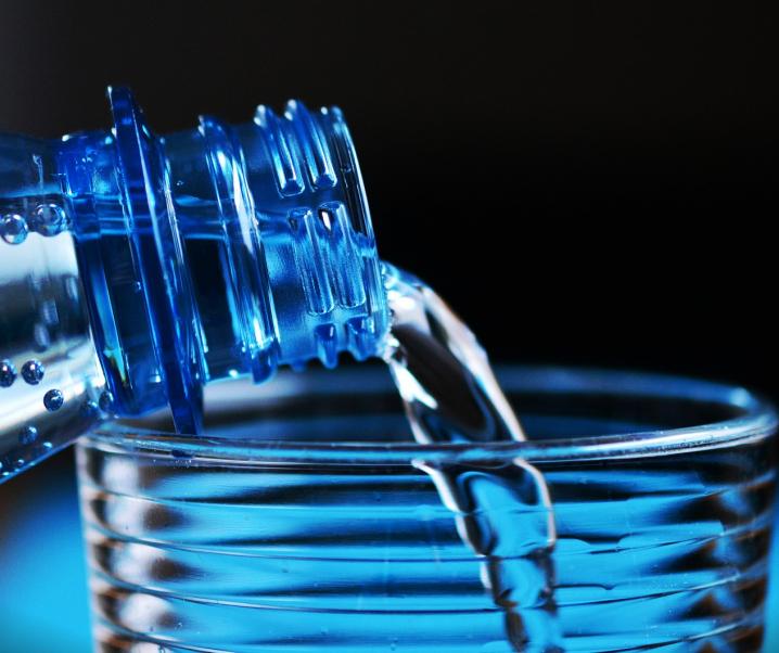 Effektiv Gewicht verlieren mit der japanischen Wasserdiät
