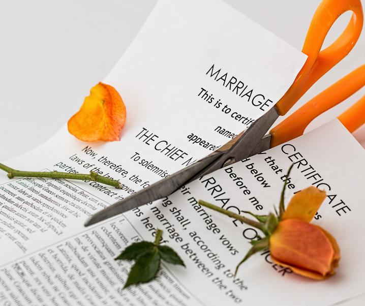 Scheidungen führen zu Verdopplung des Demenzrisikos