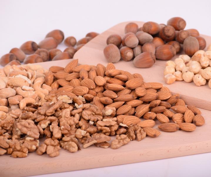 Nüsse sorgen für ein gesundes Herz und normales Körpergewicht