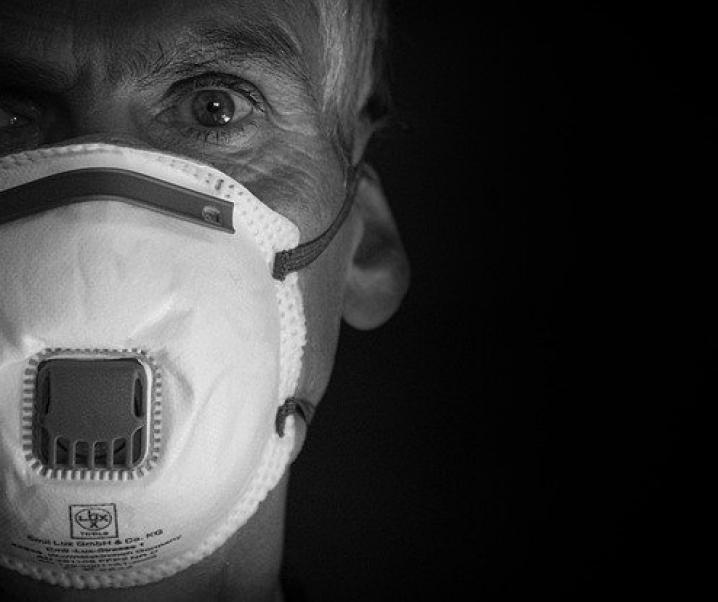 Coronakrise: Lieber Visier statt Maske?