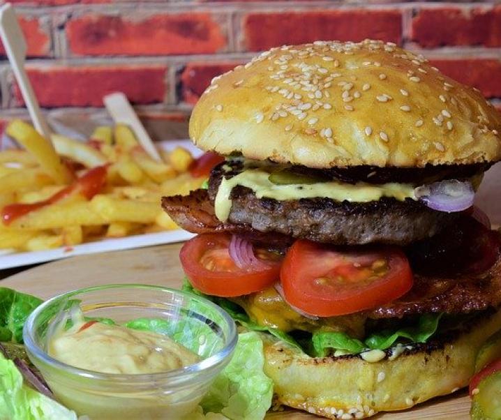 Sünden beim Mittagessen: Diese fünf Gerichte schaden der Gesundheit