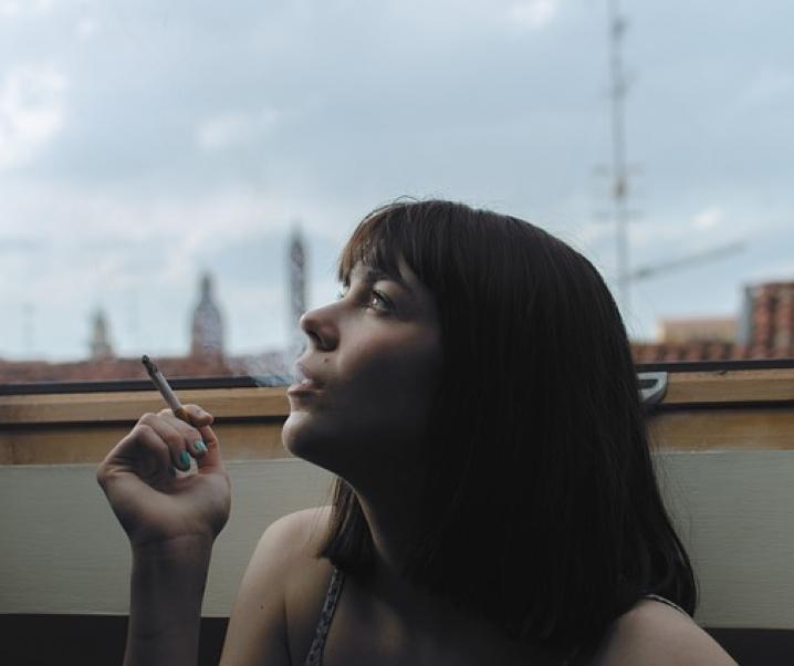 Covid-19: Rauchen als Grund für schwere Erkrankungen von Jugendlichen