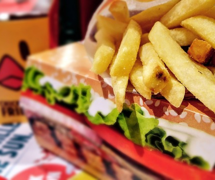 Die Fast-Food-Problematik: Mangel im Überfluss