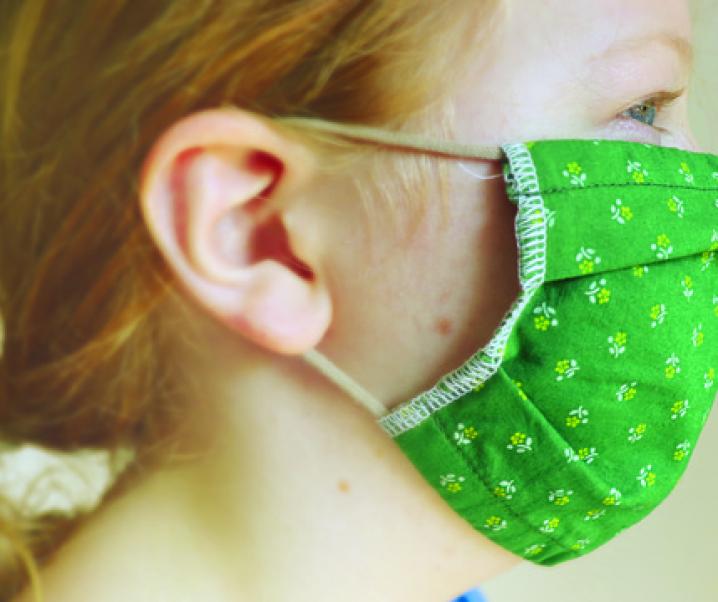 Covid-19: Schlechte Atemluft durch Mund-Nasen-Schutz?