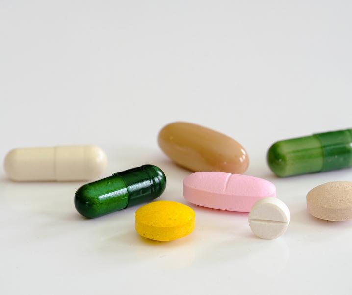 Vitamin-Kapseln können der Gesundheit schaden