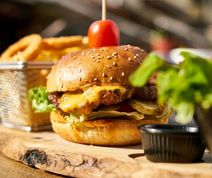 Cheat Meals: Vermasseln sie die Diät?