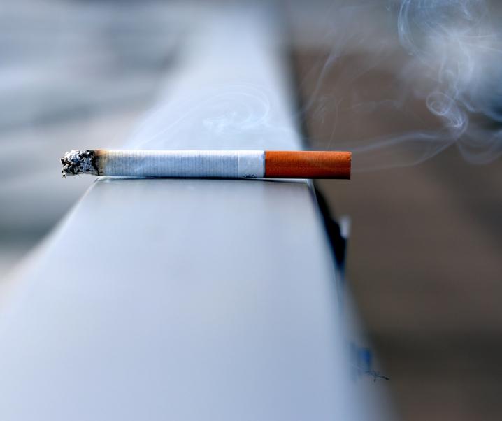 Pandemie begünstigt Zigarettenkonsum: Was sind Ursachen und Folgen?