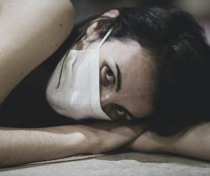 Umfrage zum 2. Lockdown: Besorgniserregende Entwicklung bei Depressionen und Suizidversuchen