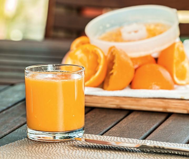 Was ist gesünder: Frische Orangen oder Orangensaft?