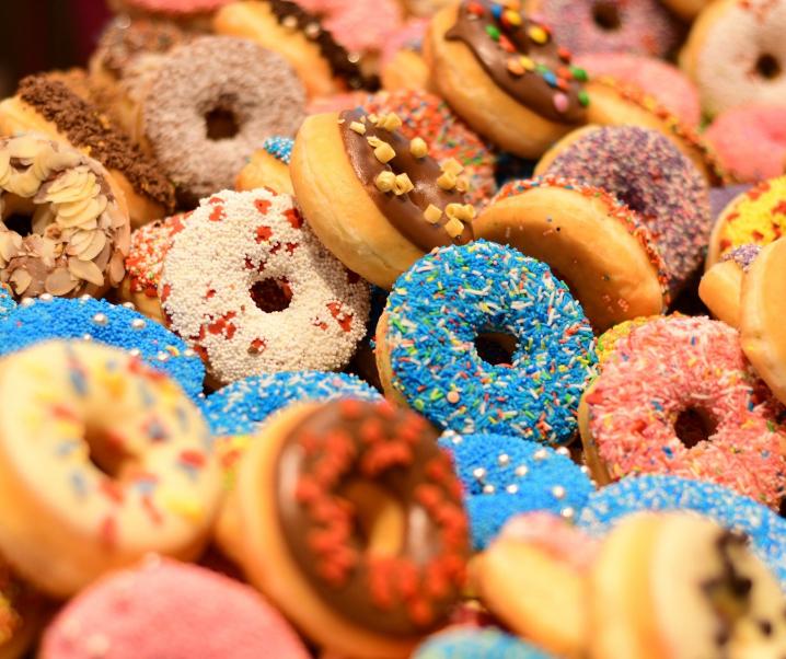 Donuts, Burger & Co: Chronische Infektionen durch westliche Ernährung begünstigt?