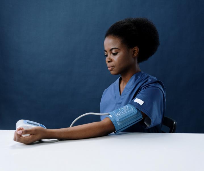 Nach 60 Jahren Forschung: Wissenschaftler entschlüsseln körpereigene Blutdruckkontrolle