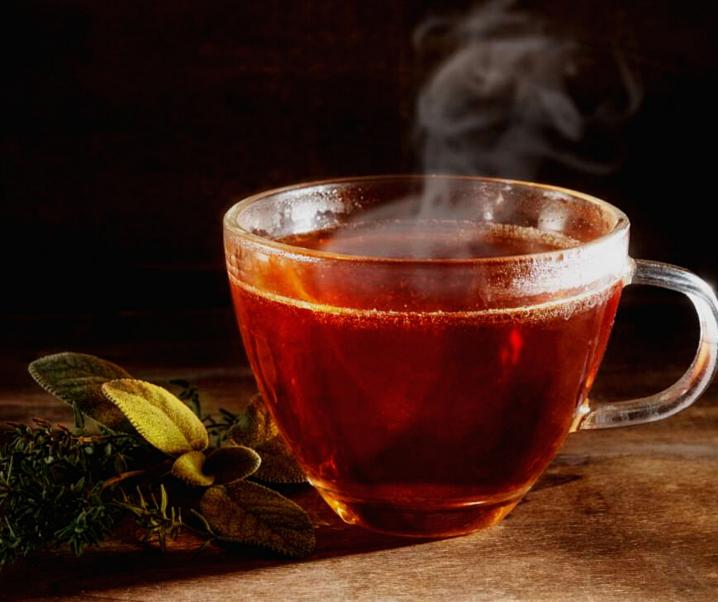 Abnehmen im Schlaf: Diese Teesorte soll Körperfett verbrennen